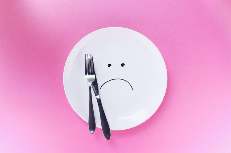 夕食抜きダイエット!効果が出る人と失敗する人の違い